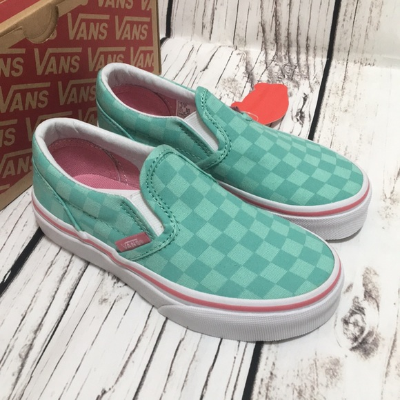 c6ec70105ad4 VANS green slip on checkered shoes Size 11.5 2.5